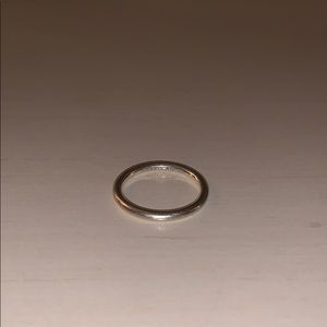 SIZE 7.5 RING